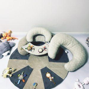 TERMO Sėdėjimo/Atraminė pagalvė su žaidimų kilimėliu + Maitinimo pagalvė ,,RAMUTIS,,