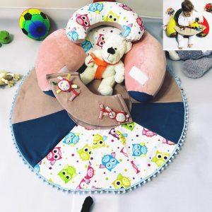 Sėdėjimo/Atraminė pagalvė su lavinamuoju žaidimų kilimėliu ,,ROŽINIS SAPNAS,,